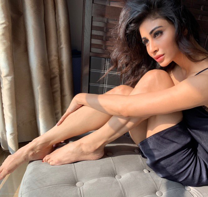 Mouni Roy HD Unseen Hot Wallpapers Pictures | Biography